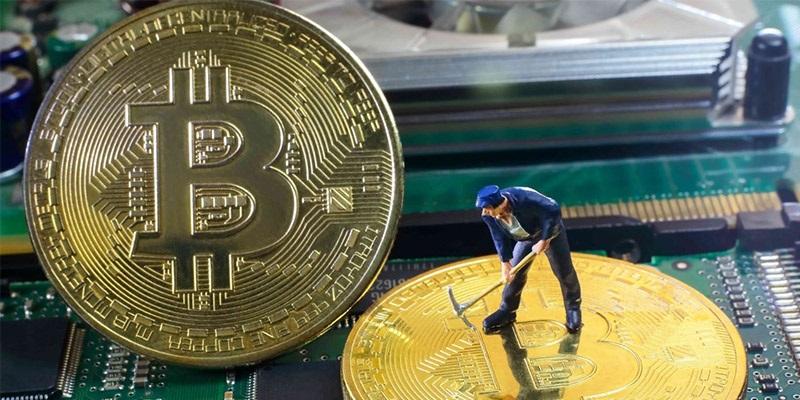 bitcoin mining; těžba; mince