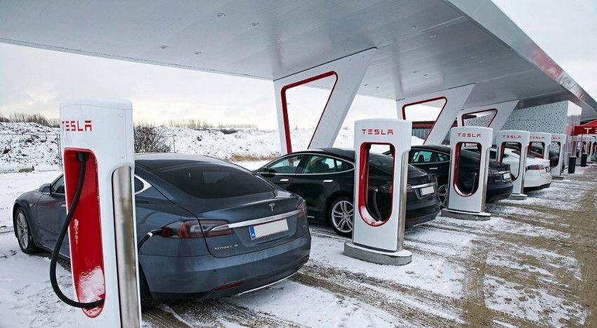 Tesla, supercharger