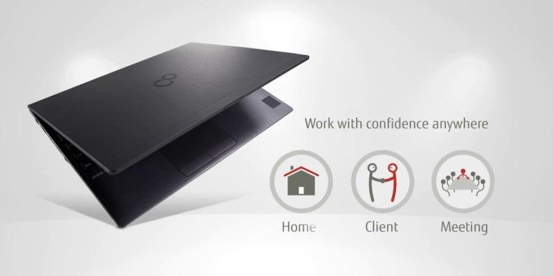 Fujitsu U937 je lehký, ale nadupaný pracant