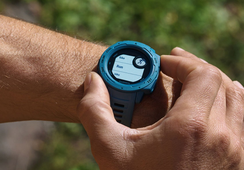 Garmin Instinct, displej