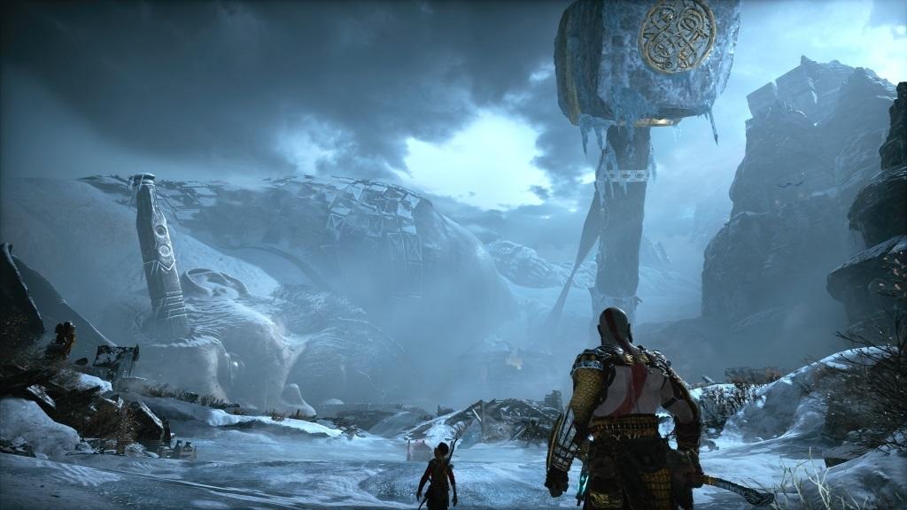 God of War; screenshot: mrtvý obr