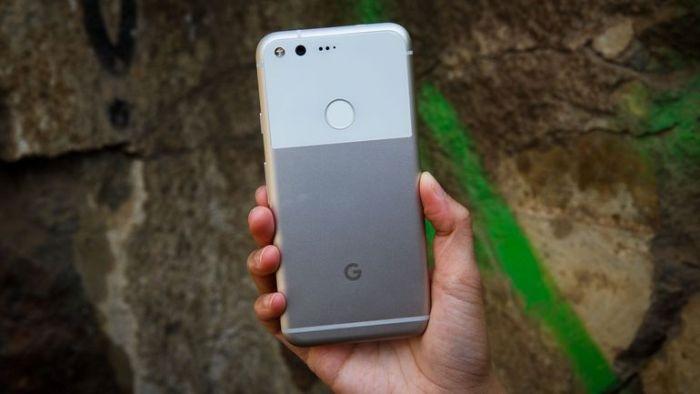 Google Pixel zezadu