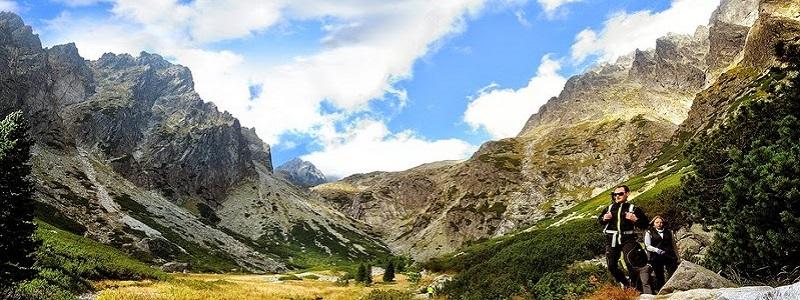 https://cdn.alza.cz/Foto/ImgGalery/Image/horska-turistika-treking.jpg
