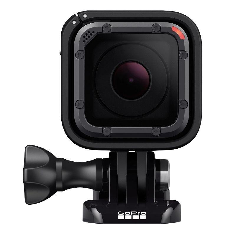 Kamera s pouzdrem pro uchycení