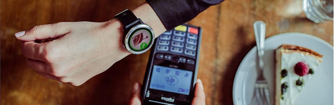 Platba chytrými hodinkami