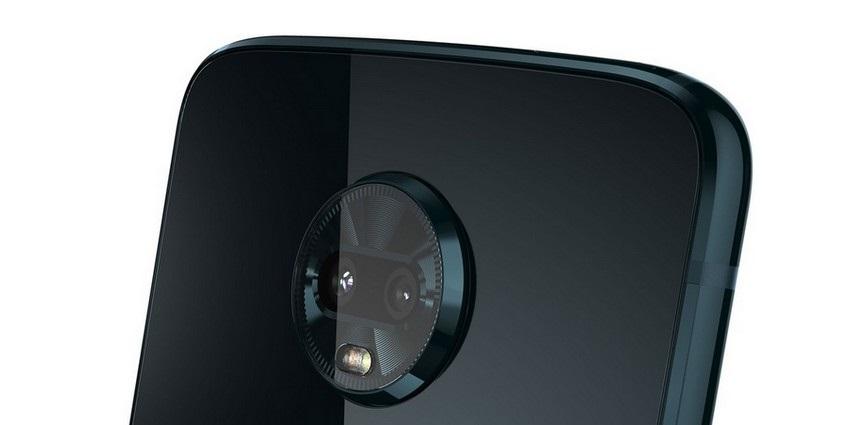 Motorola Z3 Play zadní kamera