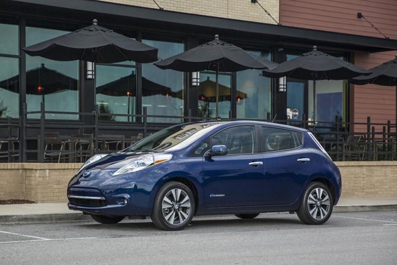 Nissan Leaf, boční pohled