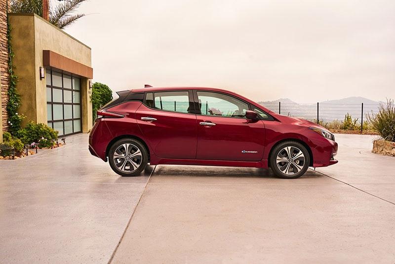 Nový Nissan Leaf, boční pohled