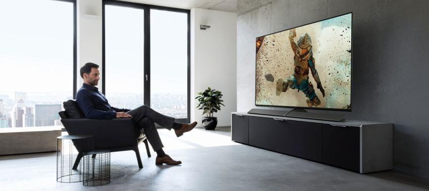 Tenká OLED TV