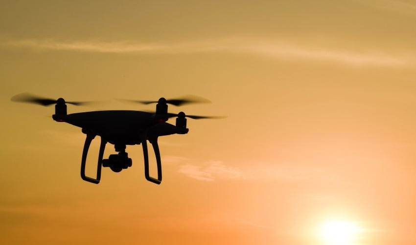 Dron zákon - létání v noci