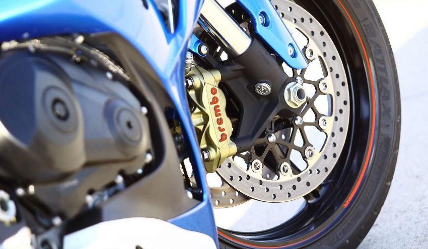 Motocykl - pneumatika