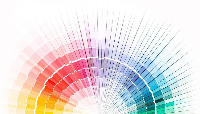 Barevná škála teplých a studených barev