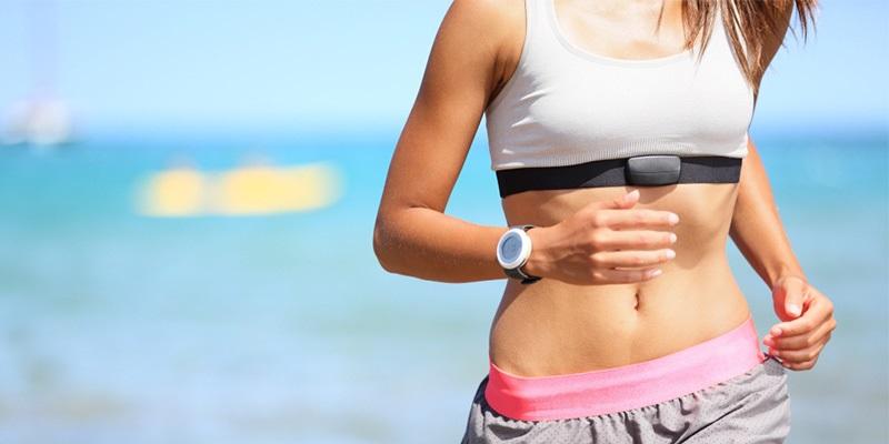 Běžkyně; měření tepové frekvence; sporttester