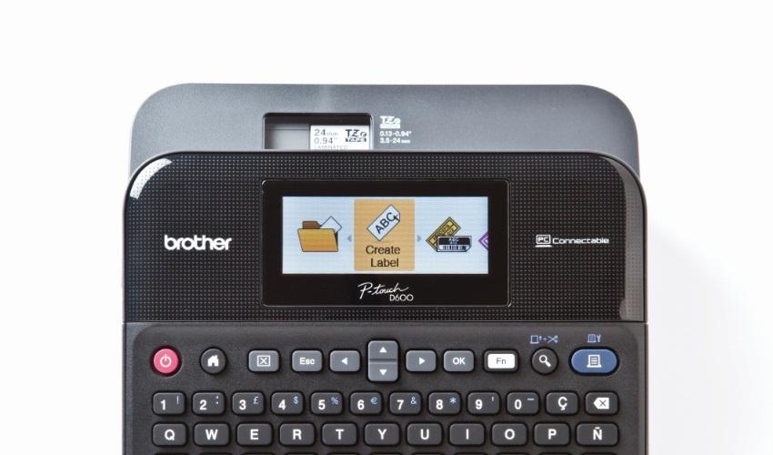 Štítkovač Brother PT-D600VP