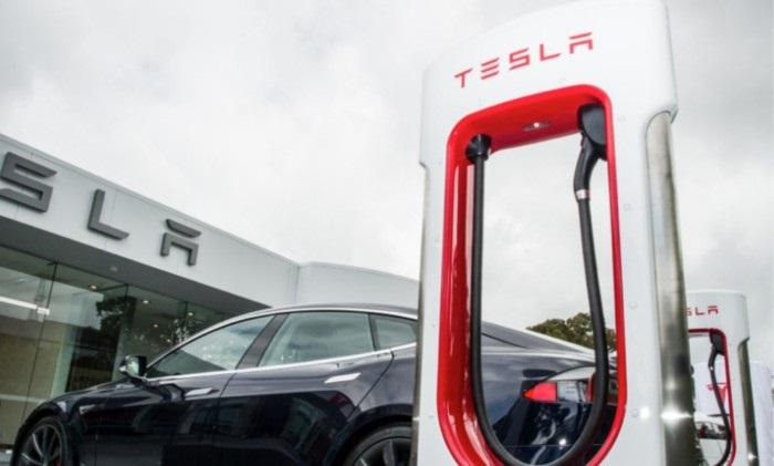 Supernabíječky - zatím nejrychlejší dobíjecí stanice Tesla