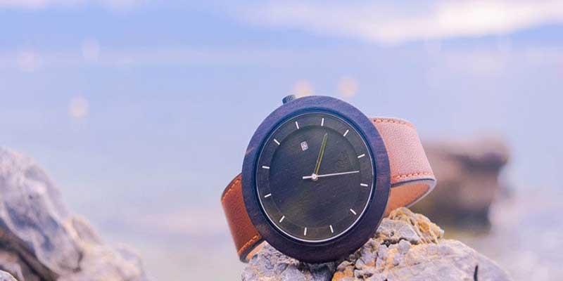Jak vybrat hodinky na plavání nebo potápění 6580f6dcfa