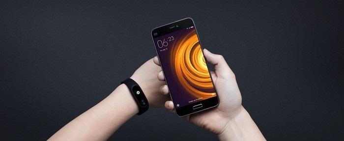 Xiaomi Mi Band 2 - spojení s chytrým telefonem