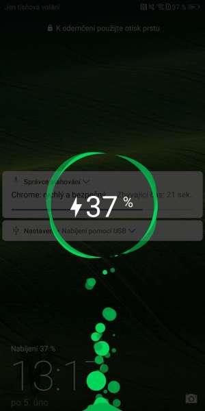 Huawei P smart screenshot - nabíjení