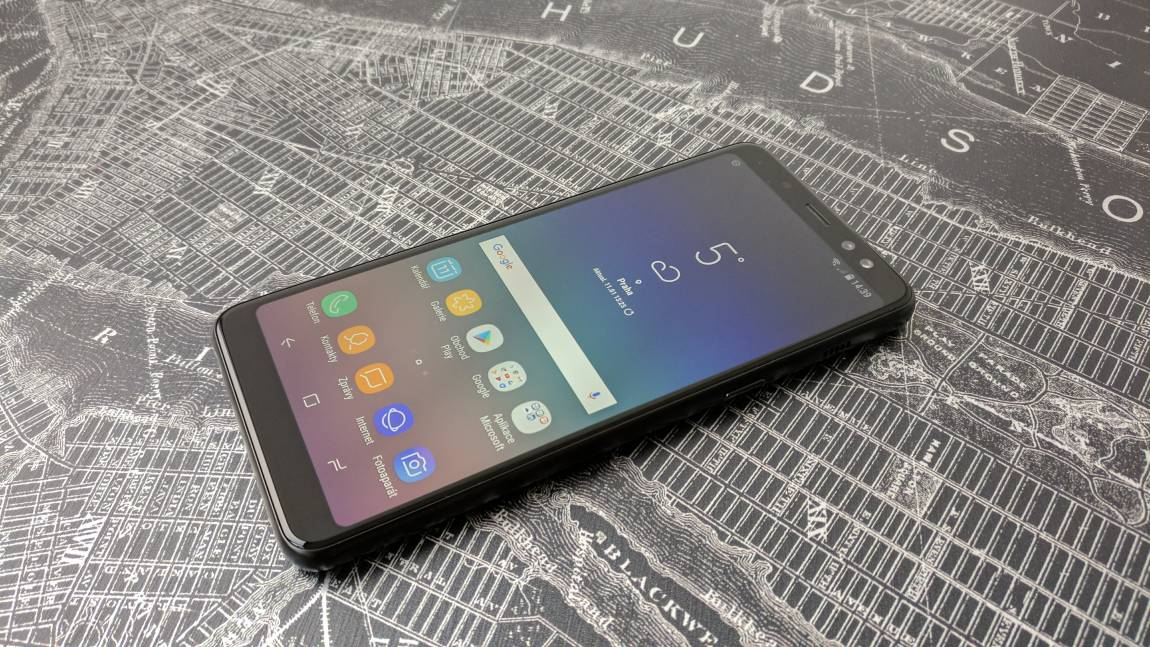 d6de25144 Samsung Galaxy A8 (RECENZE) | Alza.cz
