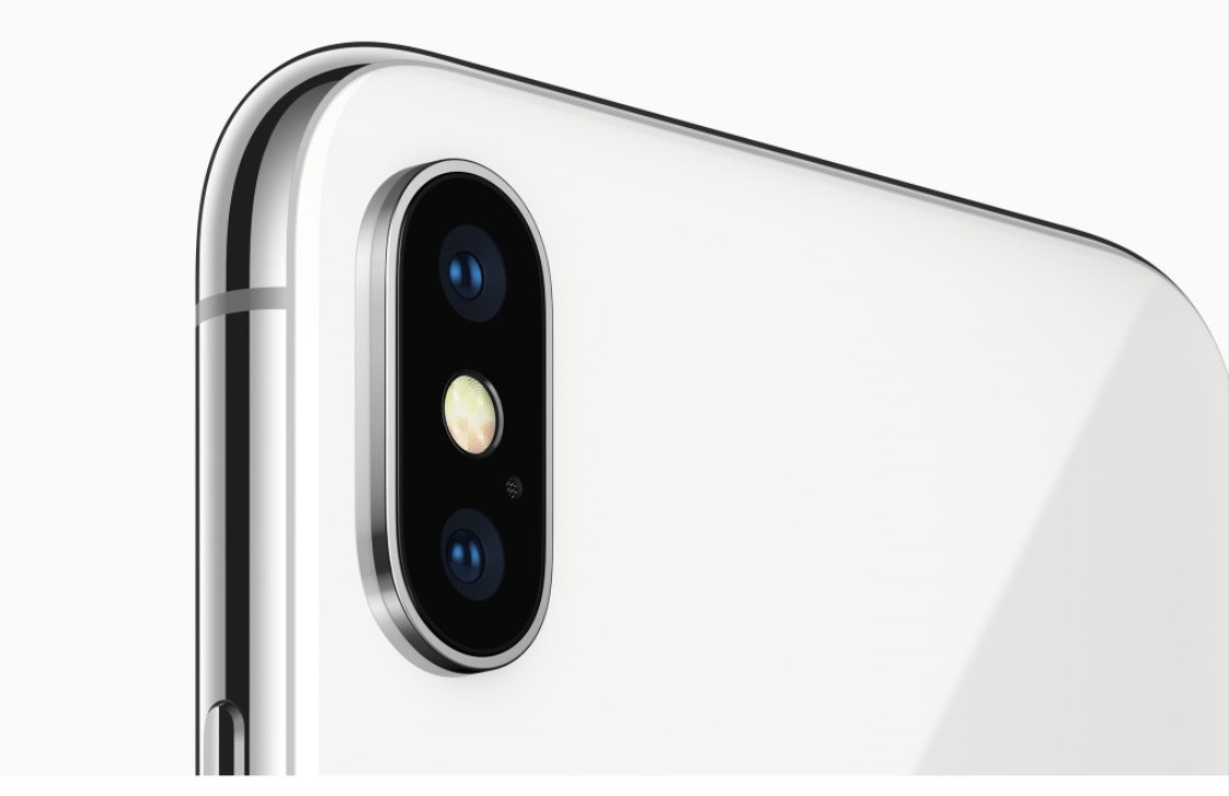 Mobilní telefon iPhone X, 12MP