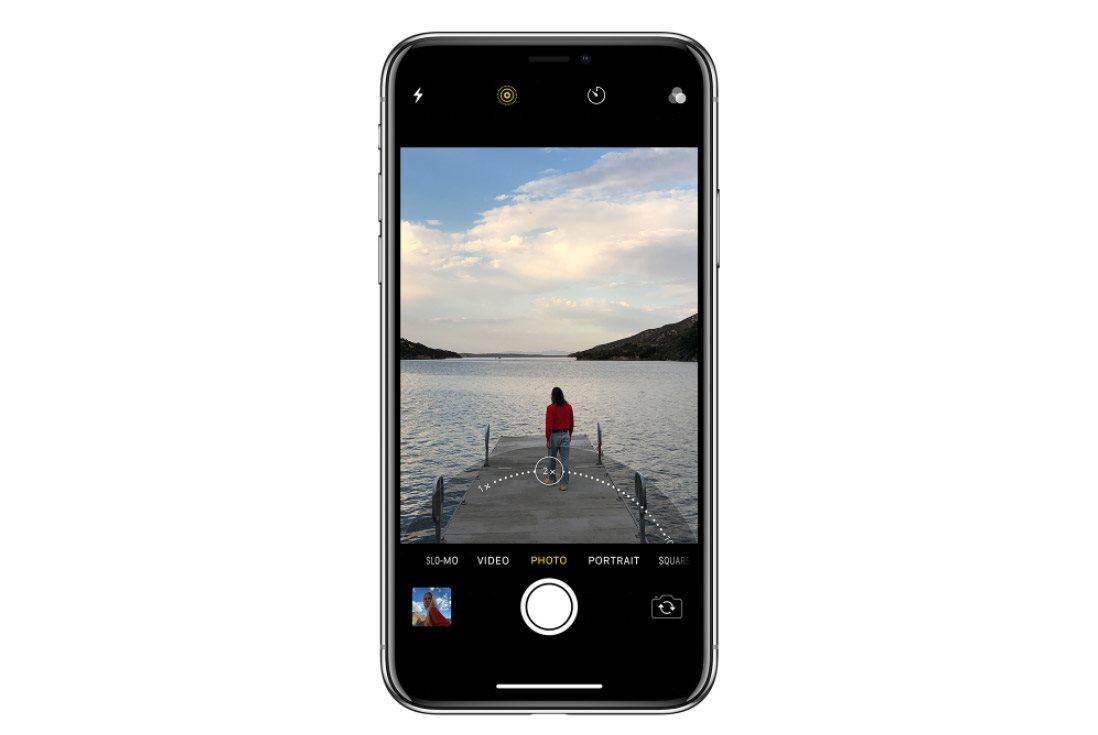 Mobilní telefon iPhone X, zoom