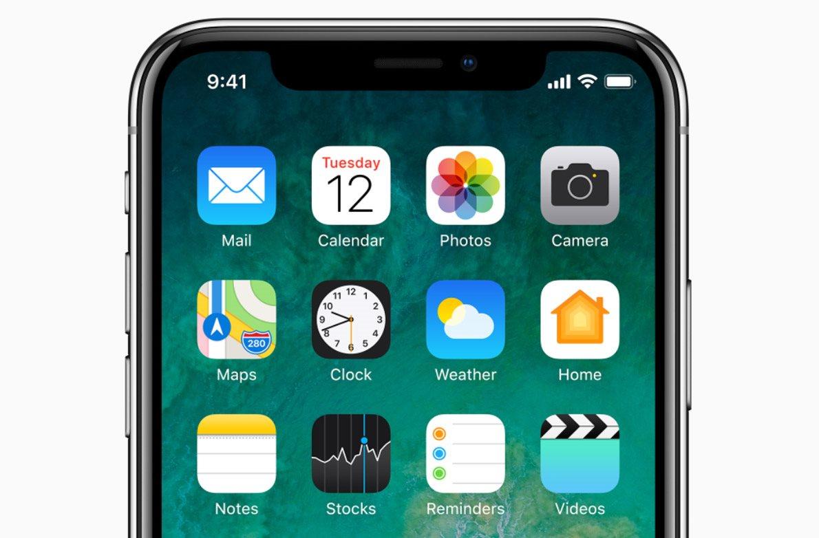 Mobilní telefon iPhone X, iOS