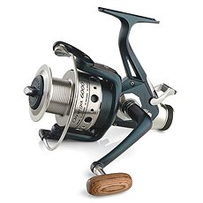 Mivardi Omega 5000 - Rybářský naviják