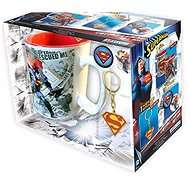 Superman set - hrnek, přívešek, 2x odznak - Dárková sada