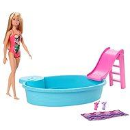 Barbie Panenka a bazén - Panenka