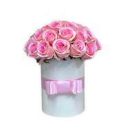 LUXURY flower box made of pink roses - Gift Box