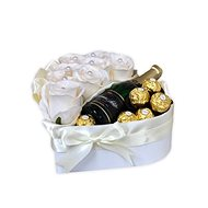 Gift box in the shape of a heart cream small 26x24 cm - Gift Box