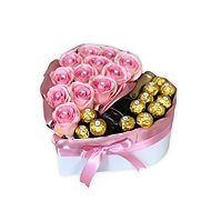 Gift box in the shape of a heart pink large 28x29 cm - Gift Box