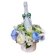 Květinový box z pryskyřníků modrý větší s Lindt bonbóny a sektem 47 cm - Dárkový box