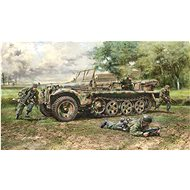 Model Kit military 6561 - Sd. Kfz. 10 Demag D7 with German Paratroops - Model tanku