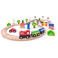Woody Figure-Eight with Train, 40 Parts - Train Set