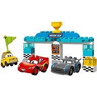 LEGO DUPLO Cars TM 10857 Závod o Zlatý píst - Stavebnice