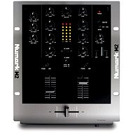 Numark M2 - Mixážní pult
