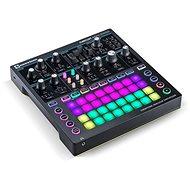 NOVATION Circuit Mono Station - MIDI kontroler