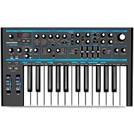 NOVATION Bass Station II  - Syntezátor