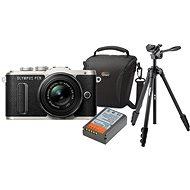 Olympus PEN E-PL8 černý + Pancake objektiv ED 14-42EZ černý + Olympus Starter Kit - Digitální fotoaparát