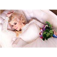 Nákup, půjčení nebo šití na míru svatebních a společenských šatů, závojů a doplňků v hodnotě 1500 Kč - Voucher: