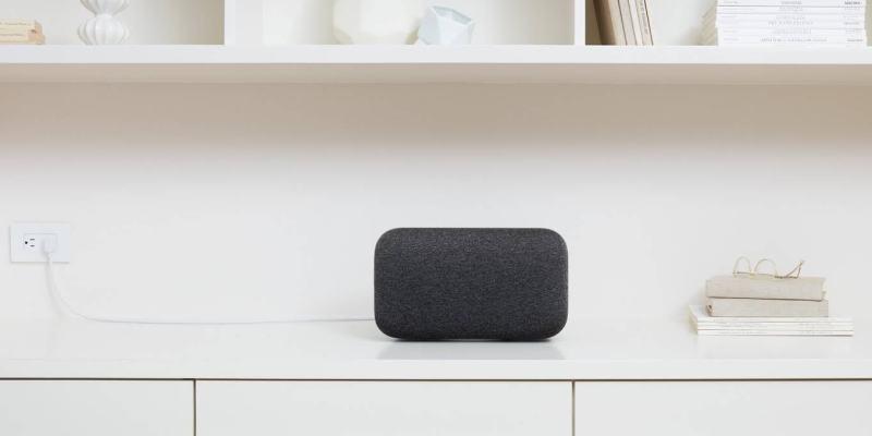 Google Home Max v černé verzi