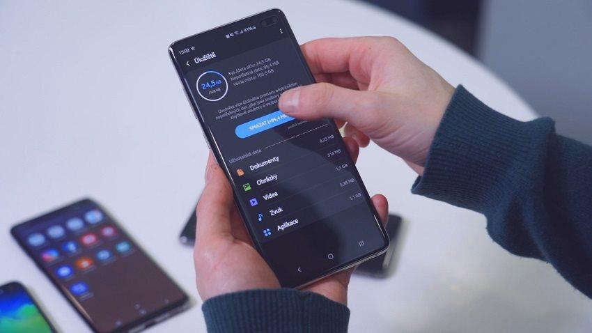 Samsung Galaxy S10+ a výdrž baterie