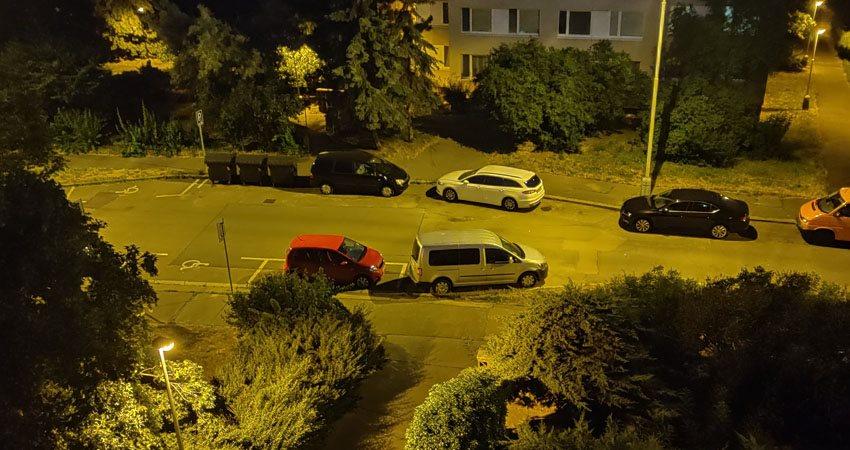 OnePlus 7 Pro Foto noční ulice