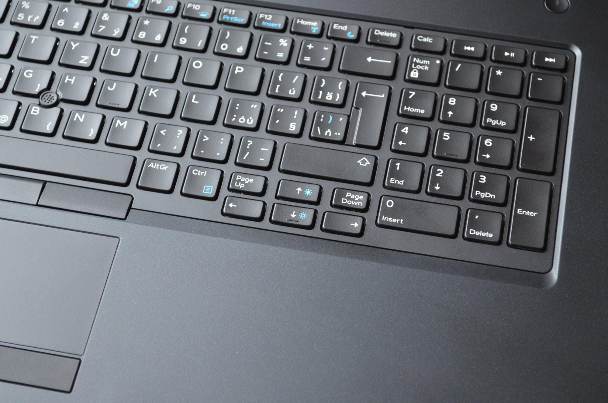 Detail numerické části klávesnice Dell Precision R11CM.