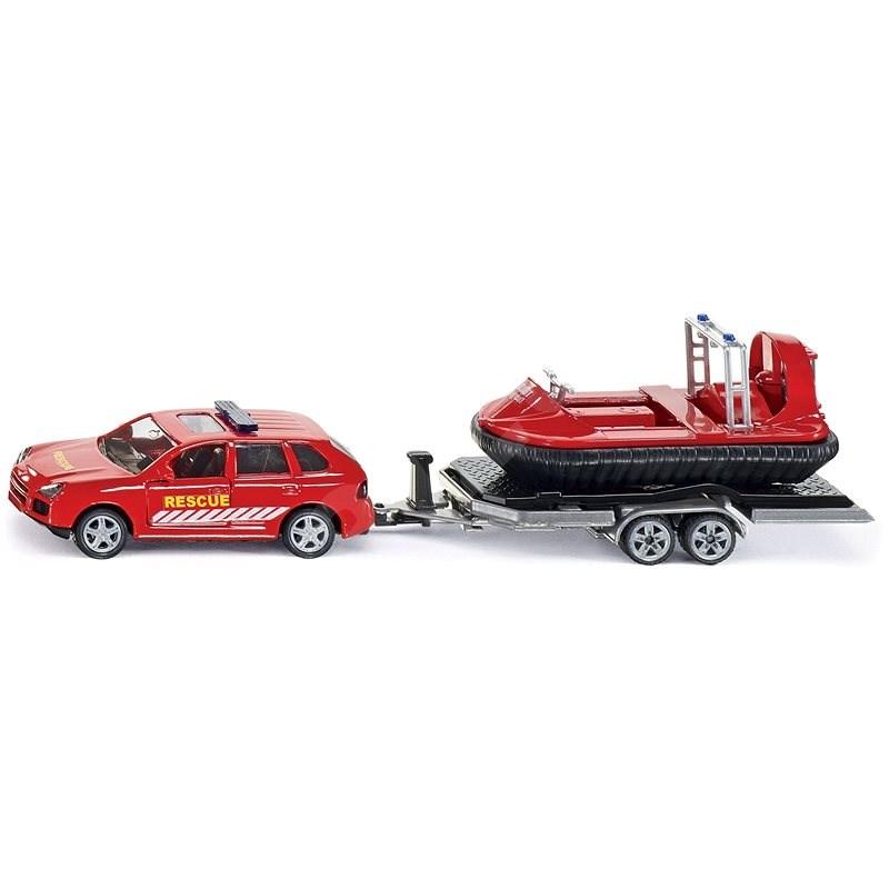 Auto s tahačem a vodním skůtrem - Auto