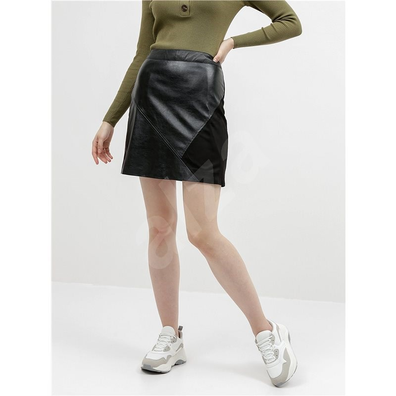VILA Černá koženková sukně s detailem v semišové úpravě Hallo S - Sukně