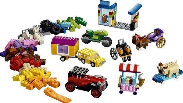 LEGO Classic 10715 Kostky na kolečkách - LEGO stavebnice