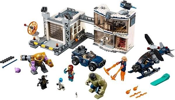 LEGO Super Heroes 76131 Bitva o základnu Avengerů - Stavebnice