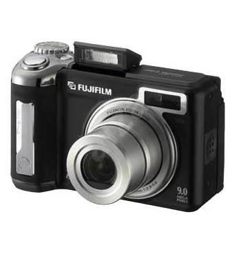 """FUJIFILM FinePix E900, CCD 9 Mpx, 4x zoom, 2"""" LCD, 2x AA, xD - Digitální fotoaparát"""